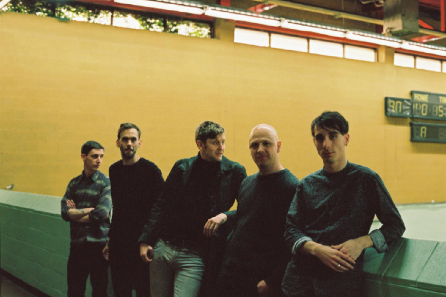 Outfit share 'Framed', announce UK tour