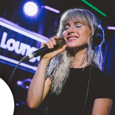 Watch Paramore cover Drake and play 'Hard Times' in the Live Lounge