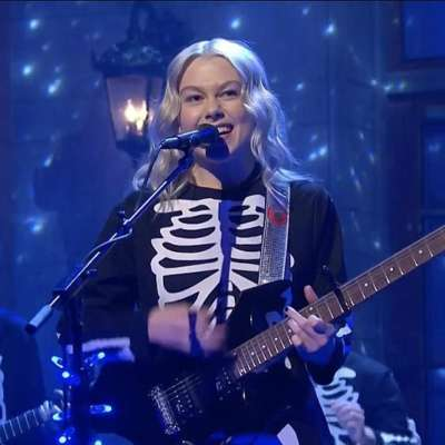 Phoebe Bridgers performs 'Kyoto' and 'I Know The End' on SNL