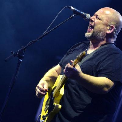 Watch Pixies showcase new track 'Um Chagga Lagga'
