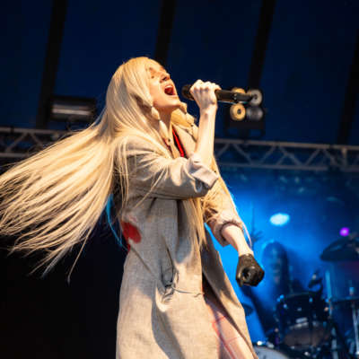 Poppy postpones European tour