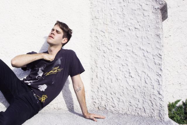 Porches signs to Domino, shares 'Hour' track