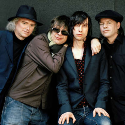 Secret Garden Party 2016 announces Primal Scream, Oscar, and Formation