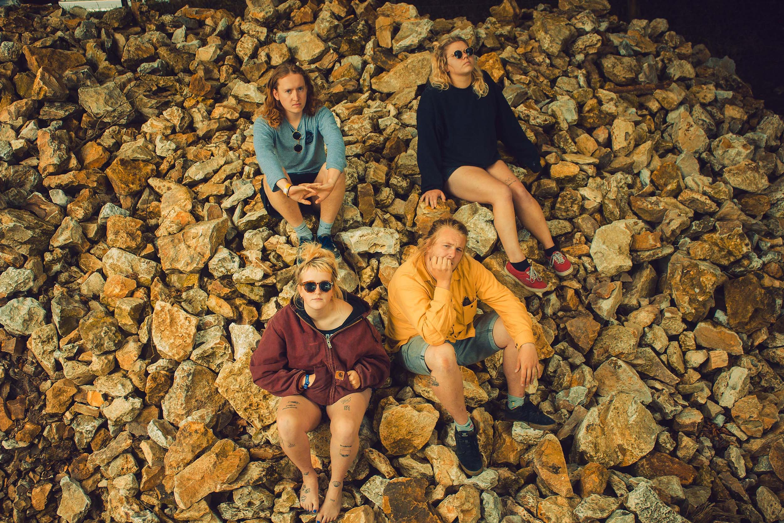 Penelope Isles slow things down on 'Shining Gold'