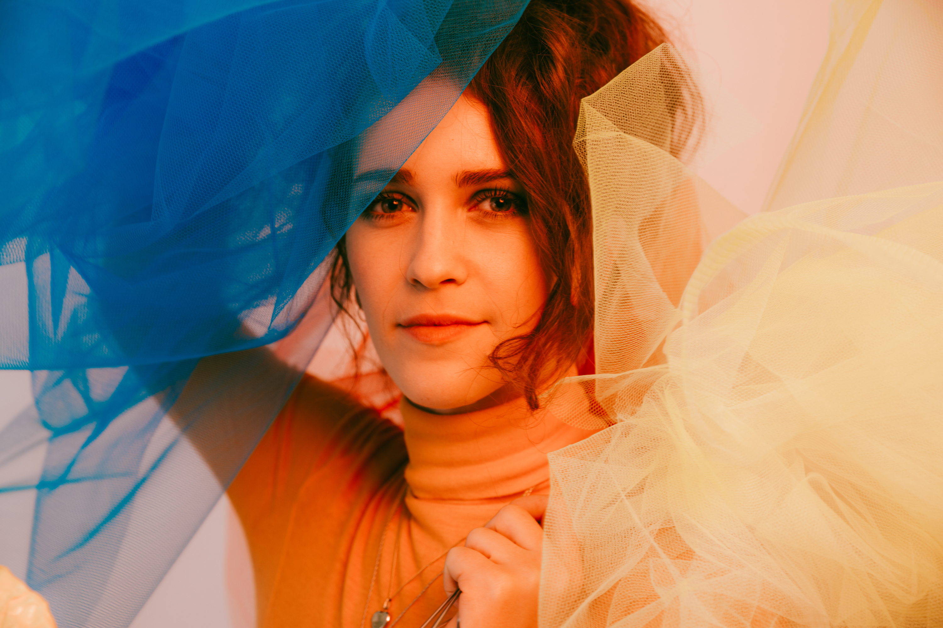 Rae Morris' new video for 'Someone Out There' is a family affair