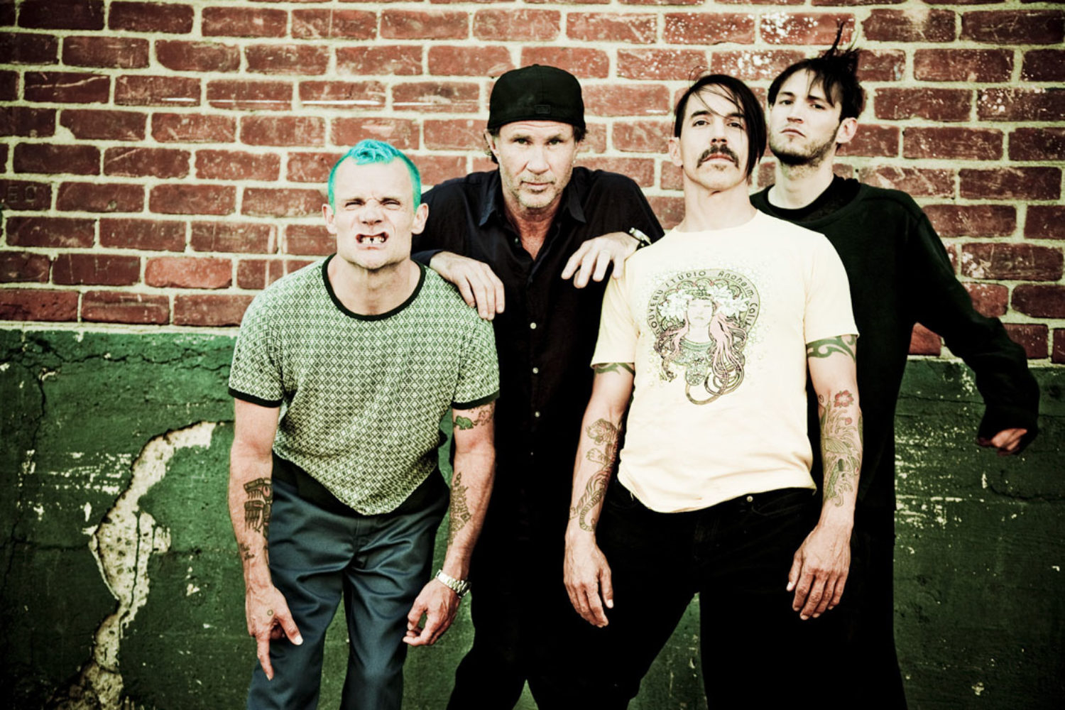 Red Hot Chili Peppers, Rat Boy & Hinds for Reading & Leeds 2016