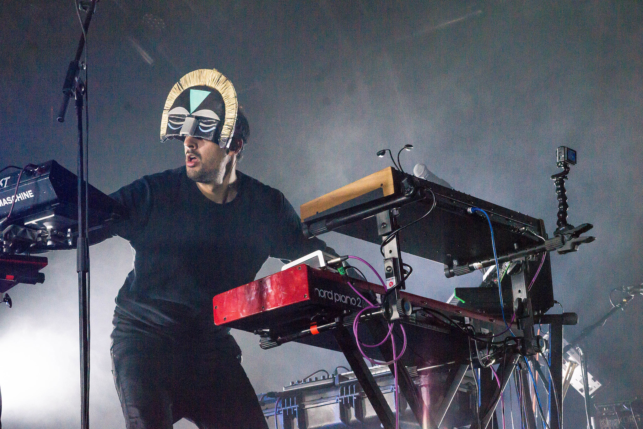 SBTRKT uploads Adele 'Chasing Pavements' remix