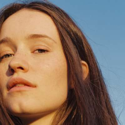 Four Tet has released a remix of Sigrid's 'Sucker Punch'