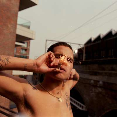 slowthai teams up with James Blake and Mount Kimbie for new song 'feel away'