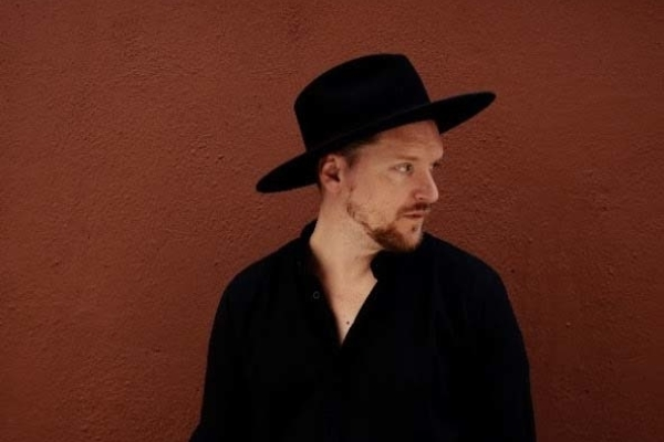 SOHN made his American TV debut on Jimmy Kimmel last night