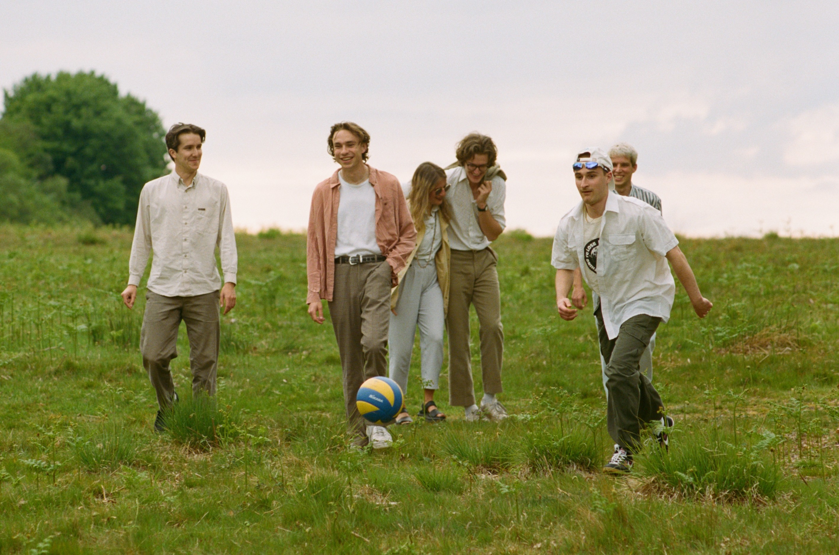 Sports Team try their hand at beekeeping in the video for new single 'Here It Comes Again'