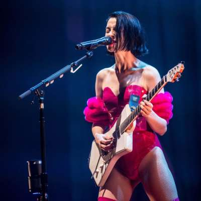 Watch St Vincent cover Lou Reed's 'Perfect Day' in New York