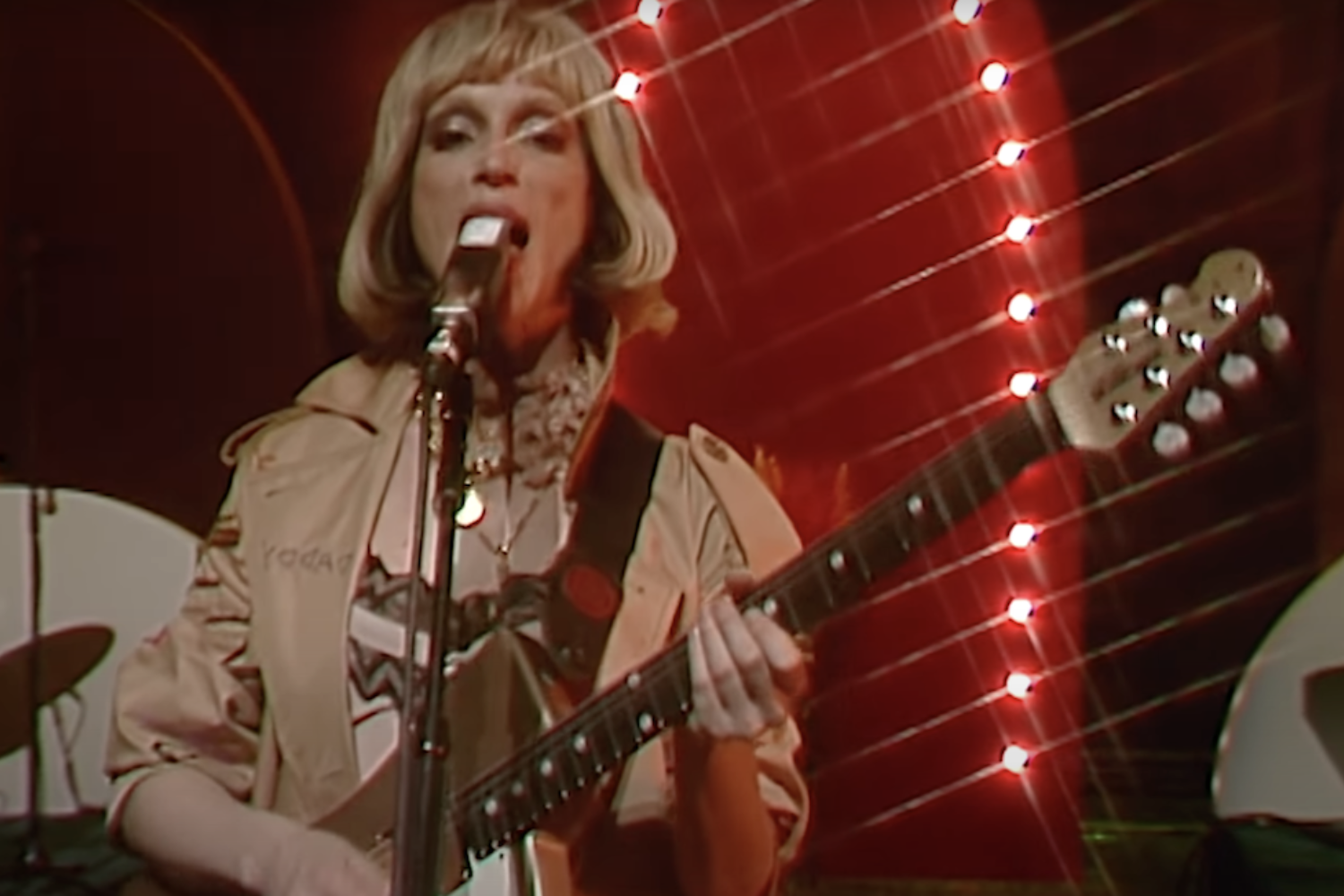 St. Vincent performs 'Down' on The Tonight Show starring Jimmy Fallon