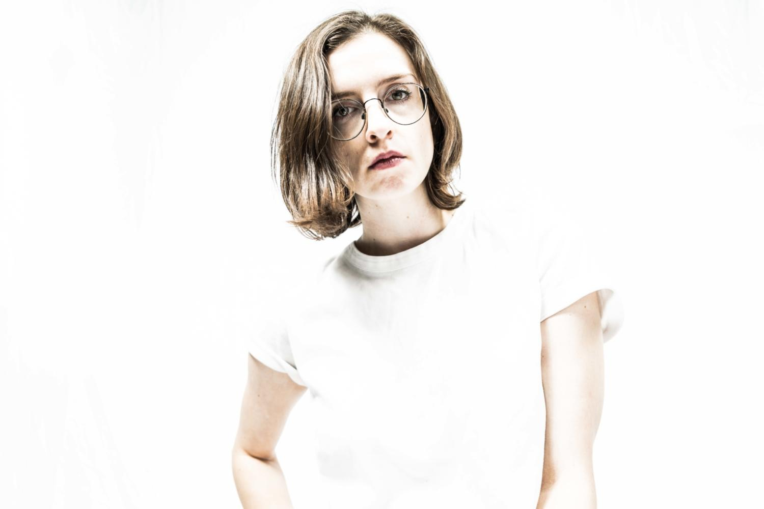 Stef Chura shares new track 'Degrees'
