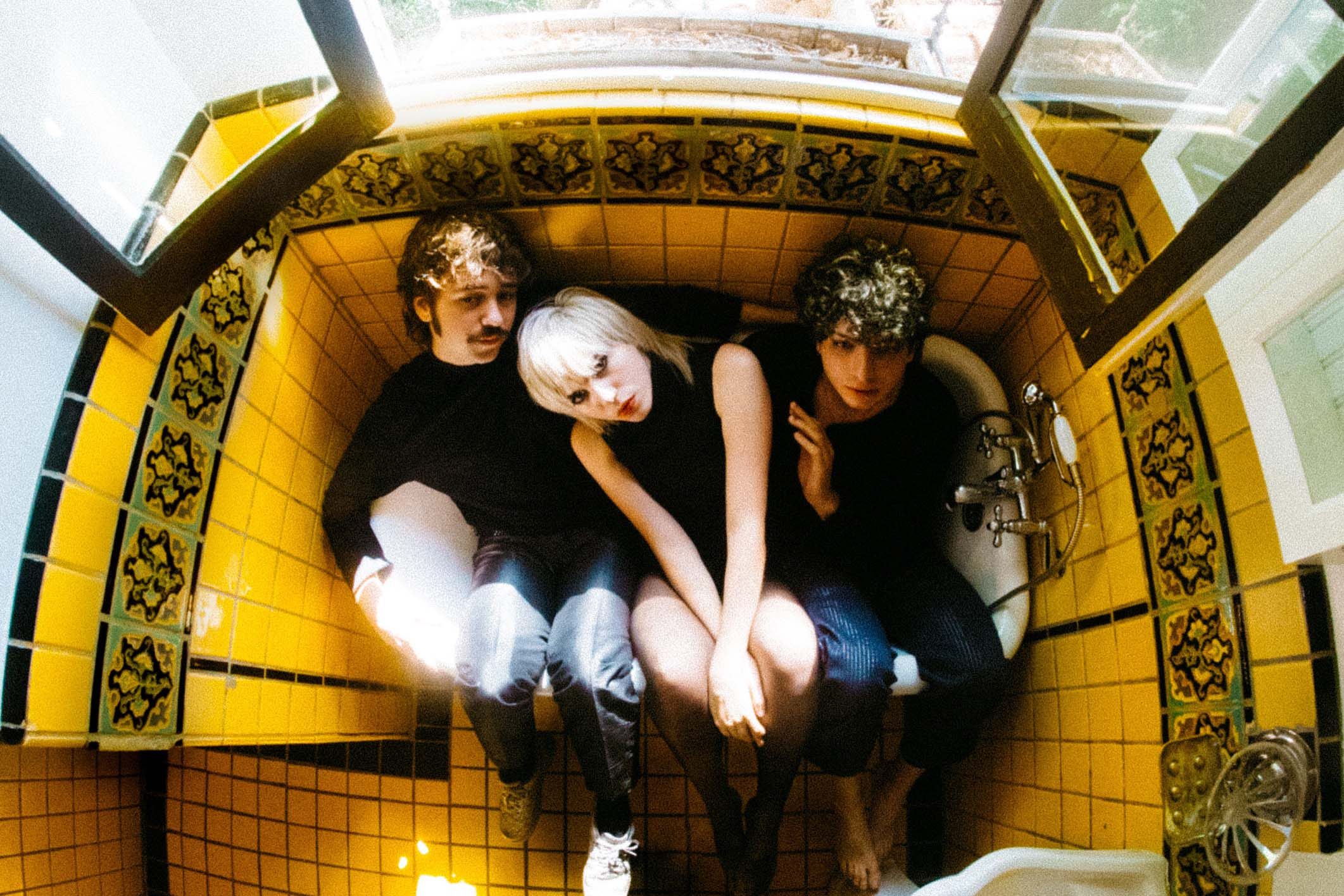 Sunflower Bean announce 'King Of The Dudes' EP, share 'Come For Me'