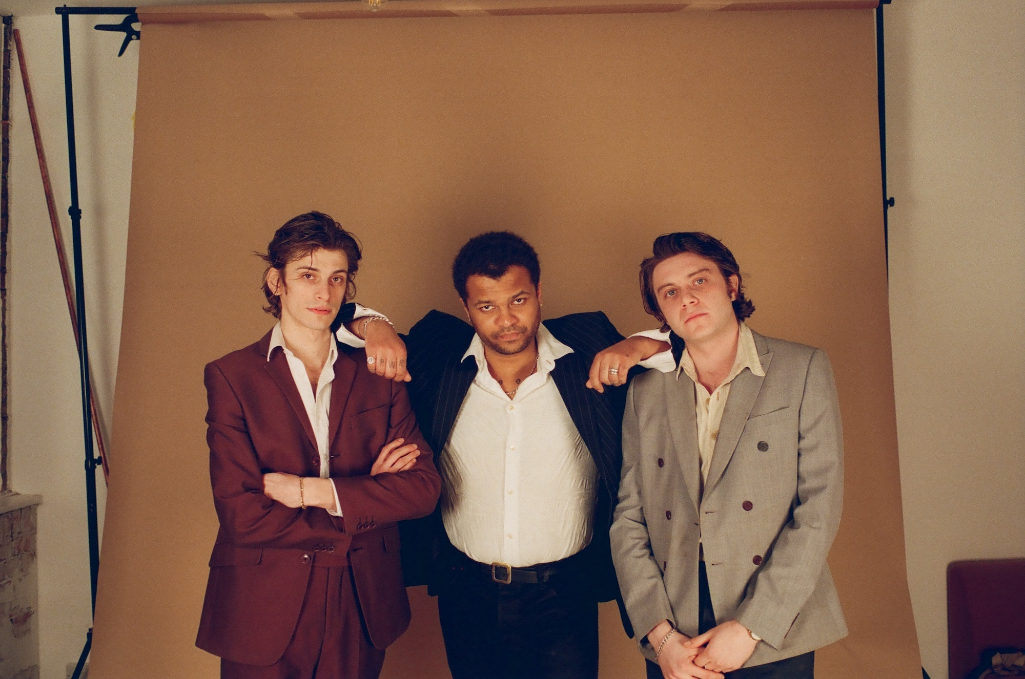 Sunglasses For Jaws offer up new track 'What Does It Look ...