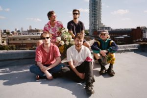 Tiña share video for 'Closest Shave'