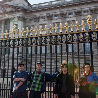 Twin Peaks visit tourist London