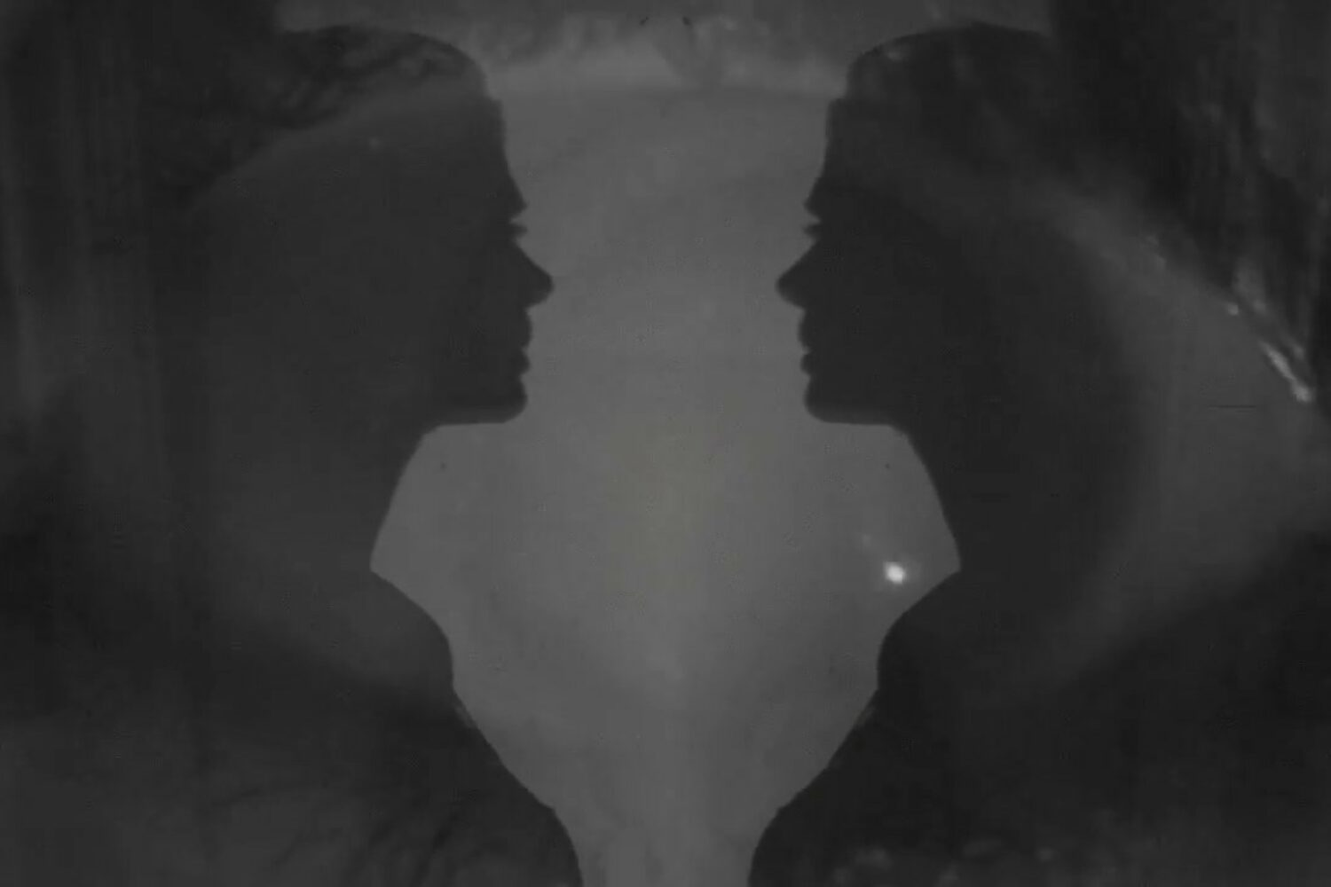 Vera Sola shares intense black and white video for the gorgeous 'The Cage'