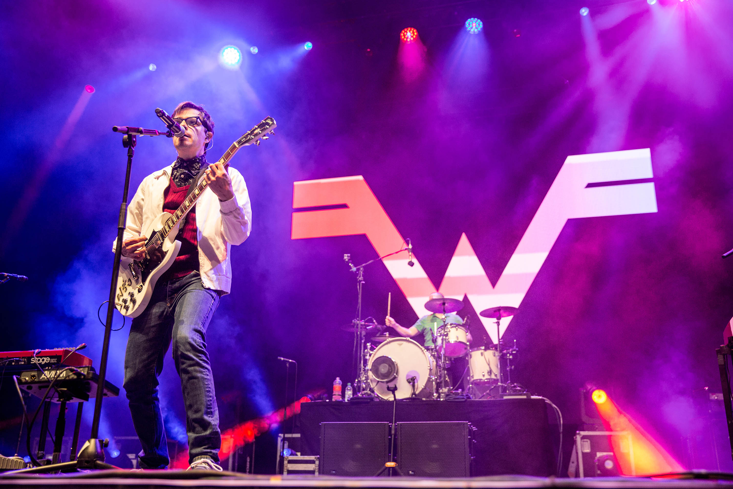 Weezer have covered Toto's 'Africa'