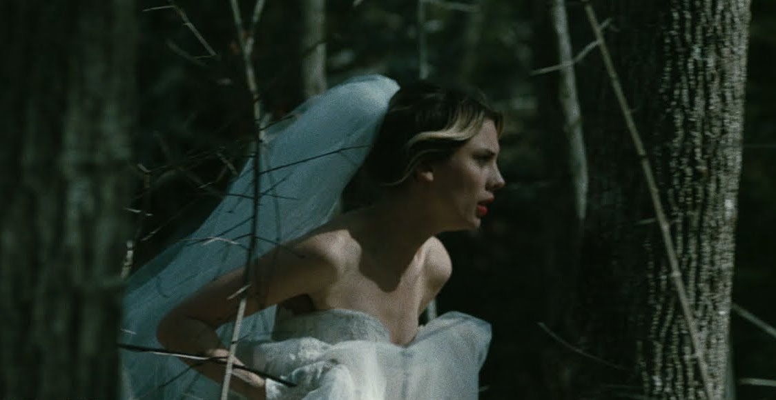 Ellie Rowsell dons a wedding dress in Wolf Alice's new 'Space & Time' video