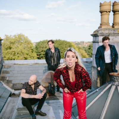 Yonaka announce a show at London's Electric Ballroom