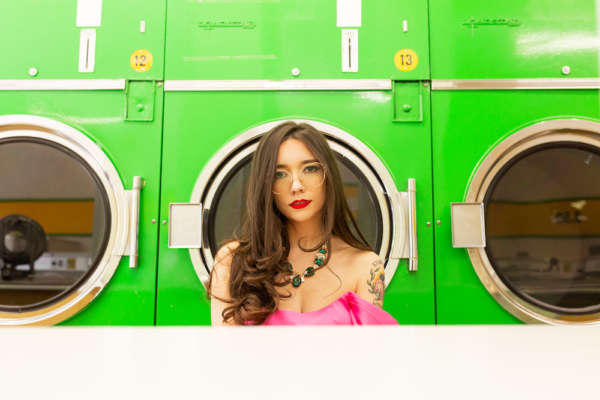 Zuzu announces debut album 'Queensway Tunnel'