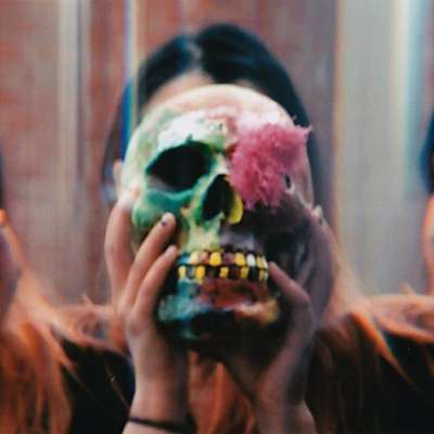 Human Tooth make chaotic introduction on 'Undo Drag'
