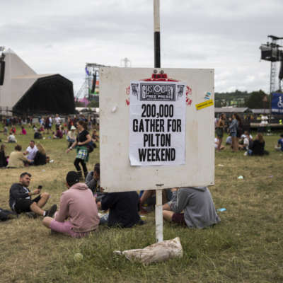 Glastonbury won't be selling plastic bottles on site this year
